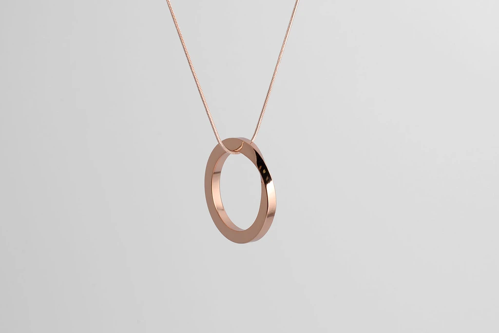 Oroborus-necklace